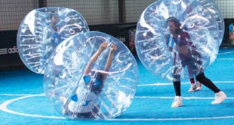 Bubble Soccer bei - KICKERWorld